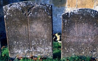 Lists of Graves