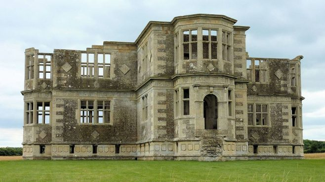 photograph opf Lyveden New Bield | National Trust Images