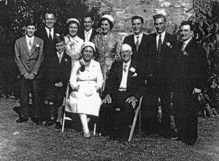 photograph of the Campden Shadbolt Family