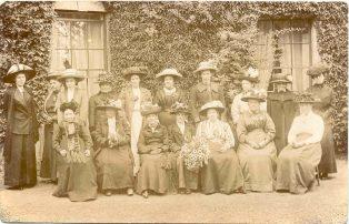 Group of women | JesseTaylor