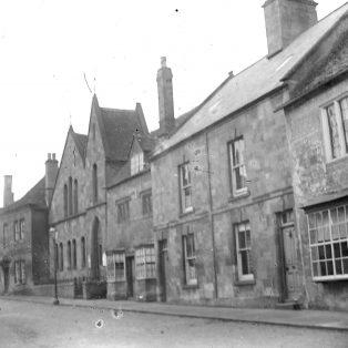 Campden Baptist church c. 1900