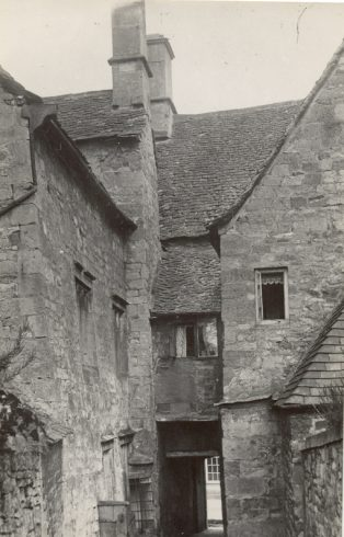Alleyway between Trinder House and Clifton House c. 1920 | Jesse Taylor