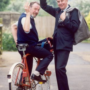 Neil Thomson (left) and Dudley Howell, on their last post round
