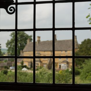 View from Banqueting House to the Court House | Wendy Chapman