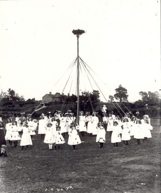 Maypole on Westington Corner